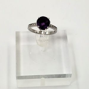 Sterling Silver 2.75 ct Amethyst and White Topaz R